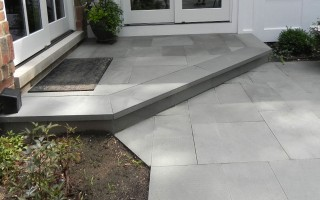 Natural Stone Hardscape walkway steps